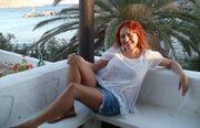 Ελληνίδα ηθοποιός: «Ήμουν 15 χρόνια σε σχέση με έναν άνθρωπο εθισμένο στο αλκοόλ»