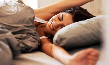 Τα 11 υπέροχα πράγματα που θα σας συμβούν αν κοιμάστε μία ώρα παραπάνω (εικόνες)