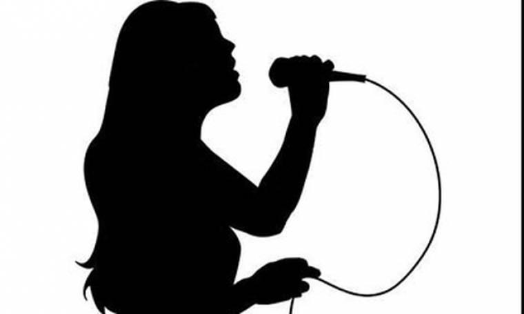 Γνωστή τραγουδίστρια: «Σήμερα οι άντρες ούτε γυρίζουν να κοιτάξουν τα κορίτσια. Είναι αδιάφοροι»