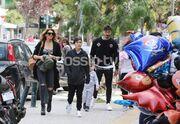 Αγγελική Ηλιάδη-Σάββας Γκέντσογλου: Βόλτα στη λιακάδα με τα παιδιά!