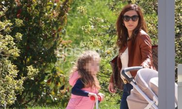 Βάσω Λασκαράκη: Δείτε τη να φτιάχνει γεμιστά με την κόρη της