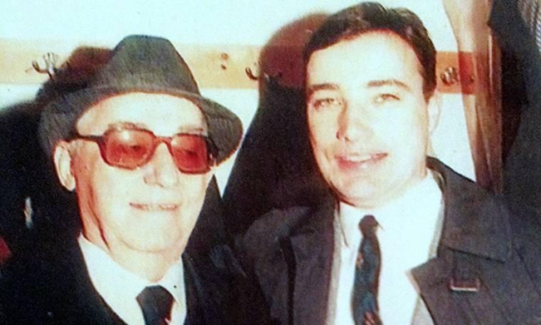 """Ο γιος του Νίκου Ρίζου μιλάει για τον αξέχαστο """"κοντό"""": «Μου λείπει η παρουσία του πατέρα μου»"""