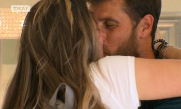 Survivor 2: Δείτε την αρραβωνιαστικιά του Γιάννη Τσίλη. Το τρυφερό φιλί on camera