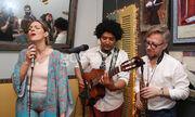 Νατάσα Μποφίλου: Ένα μοναδικό live με Yoel Soto και Δημήτρη Τσάκα