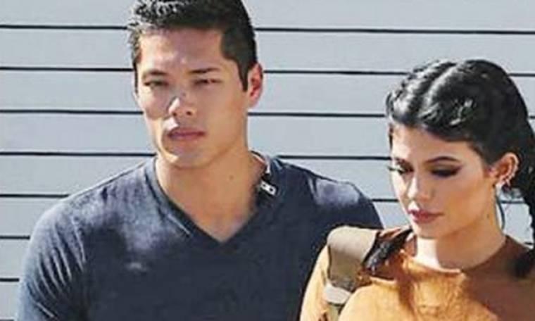 H κόρη της Τζένερ είναι ολόιδια ο bodyguard της- Η φωτογραφία που κάνει το γύρο του διαδικτύου
