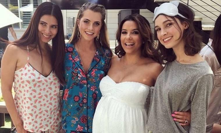 Πιτζάμα party για την Eva Longoria πριν τον ερχομό του μωρού της