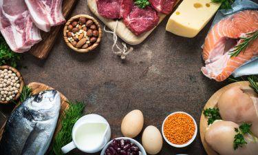 Μήπως δεν τρώτε αρκετή πρωτεΐνη; Δείτε τις πιθανές επιπτώσεις