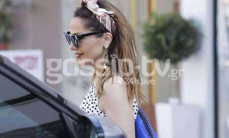 Δέσποινα Βανδή: Με girly look για ψώνια!