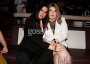 Άντζελα Δημητρίου: Με την κόρη της και τον γαμπρό της στα μπουζούκια