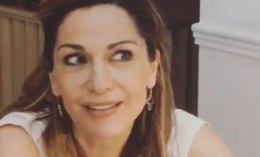 Η επική αντίδραση της Βανδή όταν είδε τον εαυτό της μετά από χρόνια στους «Δυο ξένους»