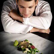 Τιμολέων Διαμαντής: Η ζωή στον Βόλο, ο αθλητισμός και η μαγειρική