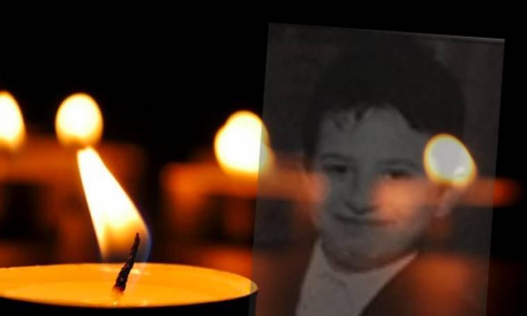 Γιατί Θεέ μου; Τώρα η κηδεία του 10χρονου Σταύρου (Nassos blog)