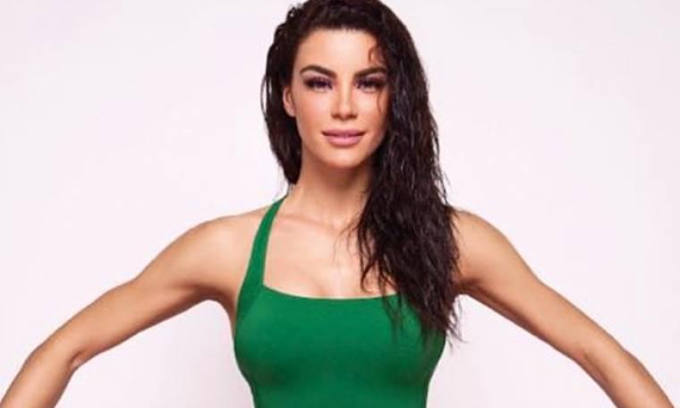 Ειρήνη Παπαδοπούλου: Με πράσινο μαγιό «κόβει» την ανάσα