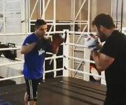 Ο Γιώργος Αγγελόπουλος και το… μποξ!