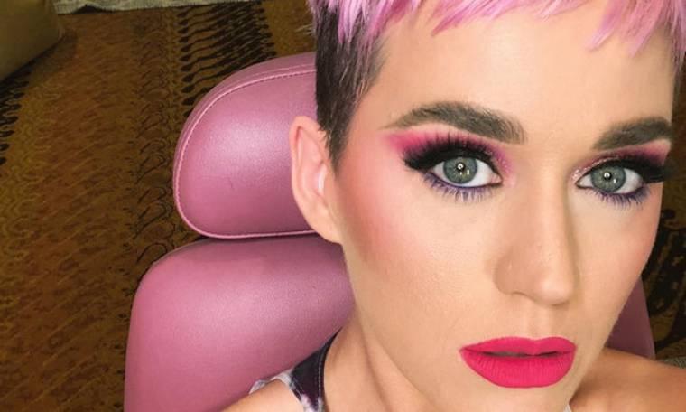 Άβολο: Το άσχημο σχόλιο της Katy Perry για το νυφικό της Meghan Markle