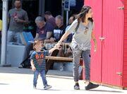 Σκαρμούτσος: Για ψώνια με την γυναίκα του και τον γιο τους