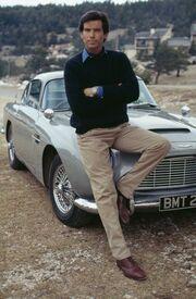 Απίστευτο πόσο πουλιέται η Aston Martin που οδηγούσε ο Τζέιμς Μποντ το 1995