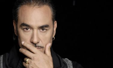 Εξώδικο στον Σφακιανάκη: Του απαγορεύουν να τραγουδάει τις μεγάλες επιτυχίες του