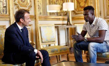 Ο Μακρόν δίνει γαλλική υπηκοότητα και δουλειά στον μενατάστη «Σπάιντερμαν» (pics&vid)