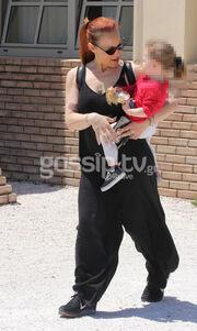 Οι πρώτες φωτογραφίες της Αναστασοπούλου μετά την ανακοίνωση της εγκυμοσύνης της