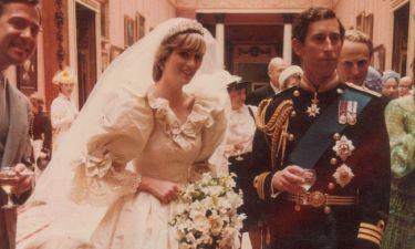 Αυτές οι φωτογραφίες από τον γάμο του πρίγκιπα Καρόλου βλέπουν πρώτη φορά το φως της δημοσιότητας