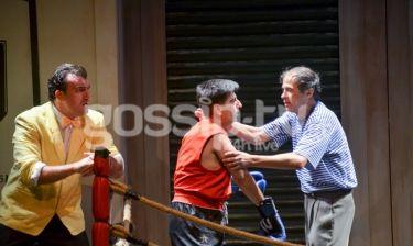 Λαμπερή πρεμιέρα για την παράσταση «Πολυτεχνίτης και Ερημοσπίτης» στο Θέατρο Αθηνά