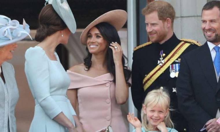 Ο πρίγκιπας George έκλεψε την παράσταση στο «Trooping the Colour» και το βίντεο έχει γίνει viral