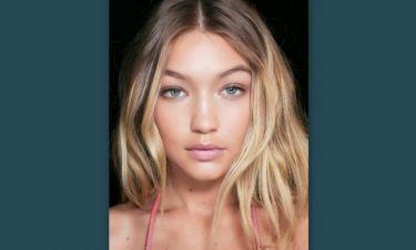 Τα highlights είναι το βασικό συστατικό για υπέροχα ξανθά μαλλιά
