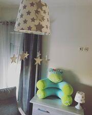 Γεννά από μέρα σε μέρα σε μέρα το δεύτερο παιδί της και μας δείχνει το δωμάτιό του