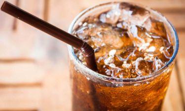 Αναψυκτικά: 10 σημαντικοί λόγοι για να τα αποφεύγετε (εικόνες)