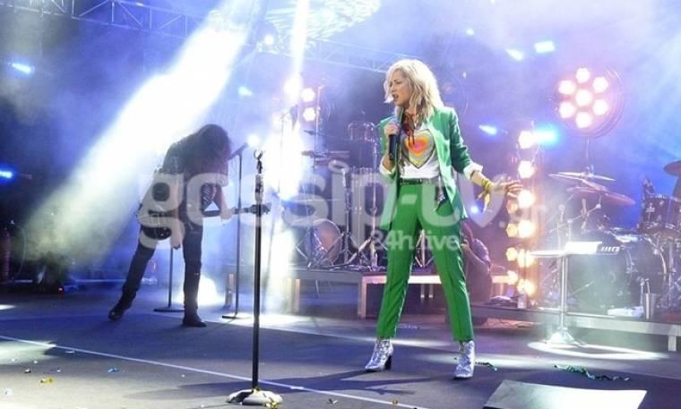 Αποθέωσαν την Βίσση στην συναυλία της στο Ίδρυμα Σταύρος Νιάρχος