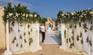 Οι πρώτες εικόνες από τον γάμο της Αλεξάνδρας Παναγιώταρου με τον Αριστομένη Γιαννόπουλο