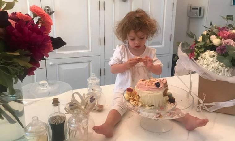 Η κόρη της διάσημης ηθοποιού έγινε 2 ετών! Δείτε φώτο και βίντεο από το πάρτι υπερπαραγωγή