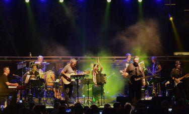Γιώργος Νταλάρας- Λαυρέντης Μαχαιρίτσας: Συναυλία στην Μύκονο