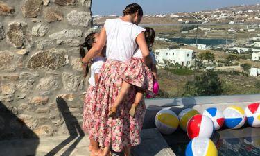 Δέσποινα Καμπούρη: Το πλούσιο φωτογραφικό άλμπουμ από το ταξίδι στη Μύκονο με τις κόρες της