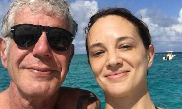 Μάγισσα & δολοφόνος! Bullying στην τελευταία σύντροφο του Μπουρντέν μετά την αυτοκτονία του