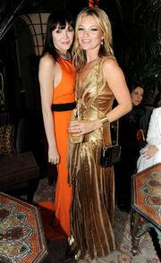 Σοκ. Πέθανε γνωστή τηλεπερσόνα και κολλητή φίλη της Kate Moss
