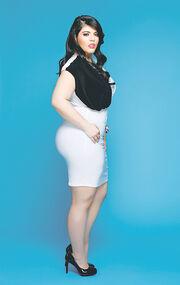 Αννούλα Δρίτσα: Η Ελληνίδα που διεκδικεί τον τίτλο της Miss Plus America