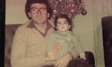 Συγκινεί η δημοσιογράφος: «Μπαμπά μου, μου λείπεις 32 χρόνια σε σκέφτομαι κάθε μέρα…»