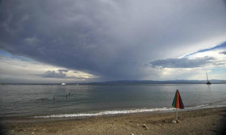 Ο καιρός τρελάθηκε: Με καταιγίδες αλλά και υψηλές θερμοκρασίες η Δευτέρα (pics)