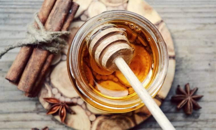 Μέλι & κανέλα: Όλες οι θεραπευτικές τους ιδιότητες