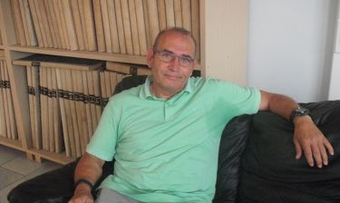 Βασίλης Καΐλας: «Από πιτσιρίκι έλεγα ότι θα ήθελα να πεθάνω σπίτι μου και όχι στο σανίδι»