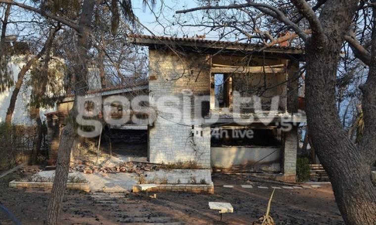 Φωτιά Αττική: Στάχτη το σπίτι της Ζωζώς Σαπουντζάκη στην Κινέτα