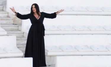 Άντζελα Δημητρίου: Τα έσοδα της συναυλίας της στο θέατρο Βεάκειο θα δοθούν στους πυρόπληκτους