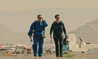 Tom Cruise: Πέταξε τον James Corden από τα 30.000 πόδια