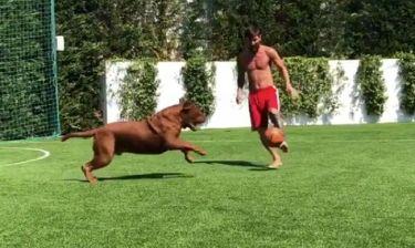 Απολαυστικό βίντεο! Ο Μέσι... ντριμπλάρει τον σκύλο του!