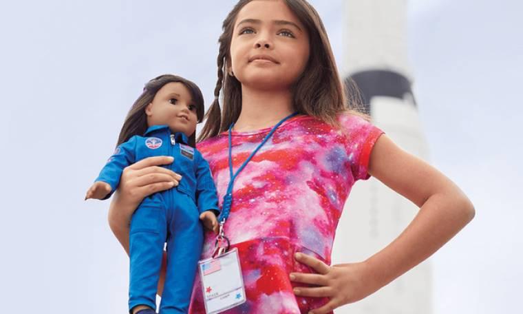 Λουσιάνα Bέγκα: η πρώτη κούκλα της NASA θέλει να κατακτήσει τον Άρη