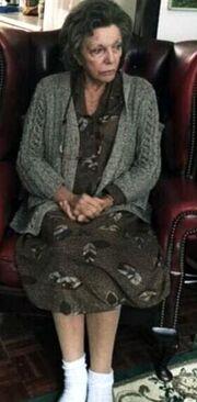 Πώς θυμάστε την Joan Collins; Ξεχάστε την και δείτε την σήμερα!