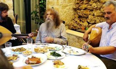 Το νέο επικό σποτ για τον Ημιμαραθώνιο Κρήτης: H γιαγιά, ο Ψαραντώνης και ο... τουρίστας