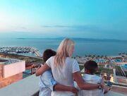 Φαίη Σκορδά: Η πιο τρυφερή φωτογραφία με τους γιους της από τις διακοπές της